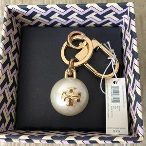 NIB Tory Burch Pearl Gold Logo Key Ring